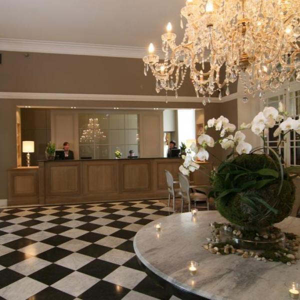 Hotel Kasteel Bloemendal lobby