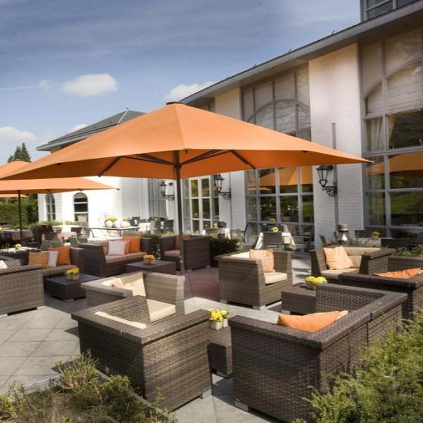 Hotel Kasteel Bloemendal terras
