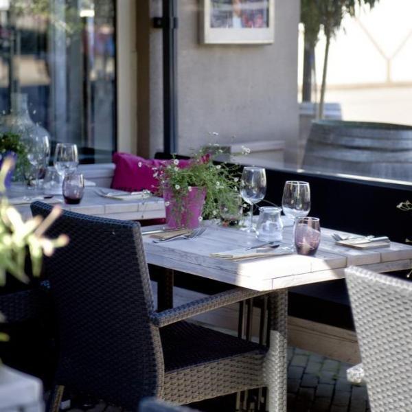 Hotel et le Café de Paris terras_01