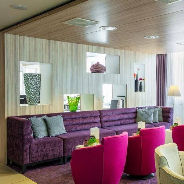 Holiday Inn Express Arnhem lounge