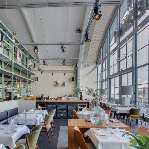 Cruise Terminal Rotterdam, cafe, eten, drinken, meubels, rustige inrichting