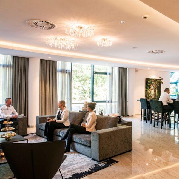 Meeting Lounge 2