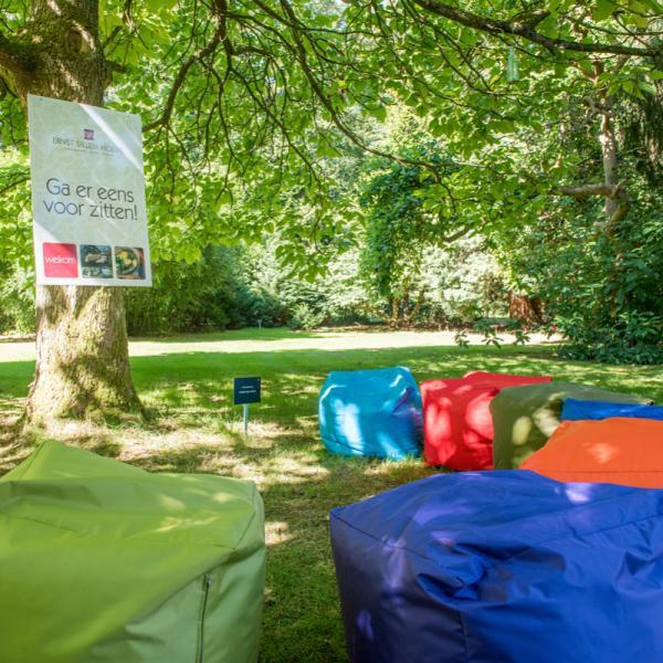 Ernst Sillem Hoeve - Brainstorm in de tuin