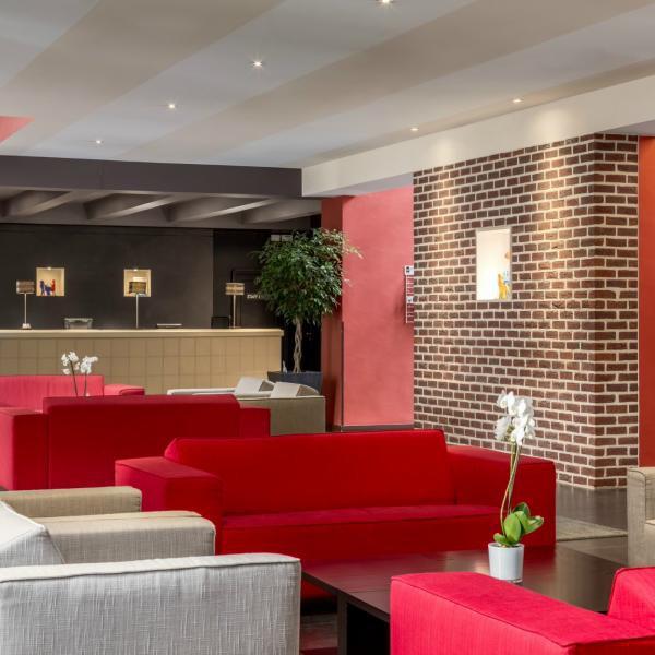 nh-gent-belfort-5-lobby