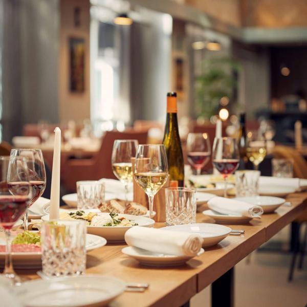 2019_Carstens_ Group Shared LunchDinner (2)