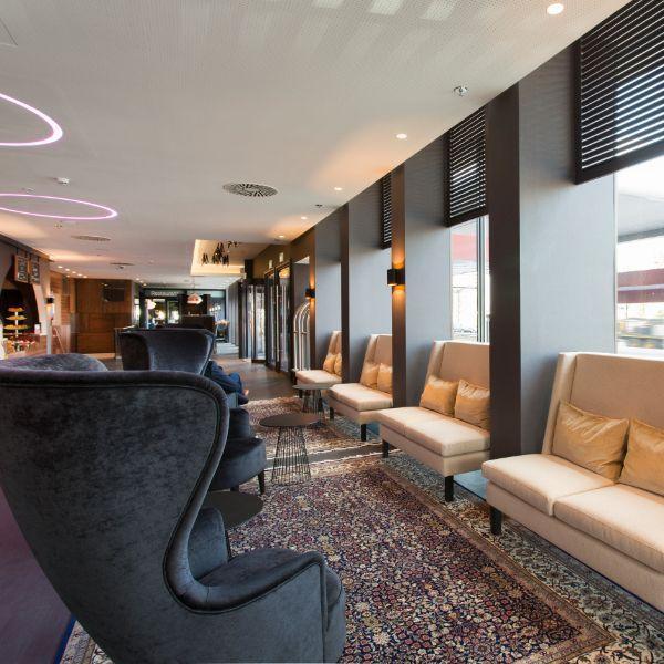 Corendon City Hotel Amsterdam & lobby