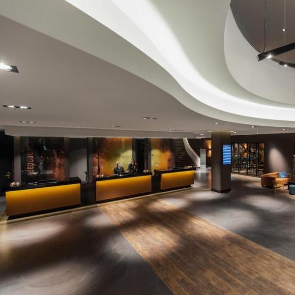 Van der Valk Hotel Veenendaal lobby
