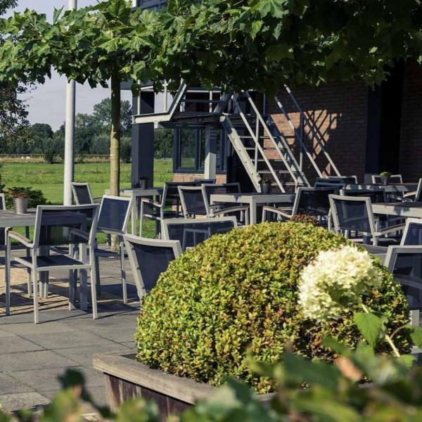 Mercure Hotel Zwolle terras