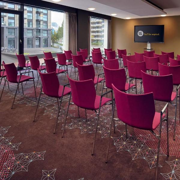 Inntel Hotels Art Eindhoven vergaderruimte