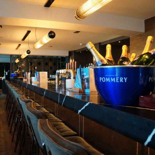 Fletcher Hotel-Restaurant Loosdrecht-Amsterdam bar_02