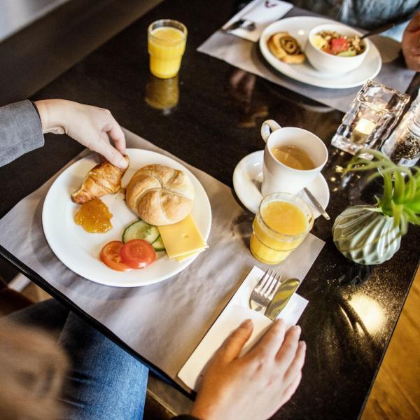 Apollo Hotel Lelystad City Centre ontbijt